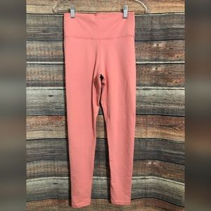Fabletics Size Small Pink Cropped High Waisted Leggings